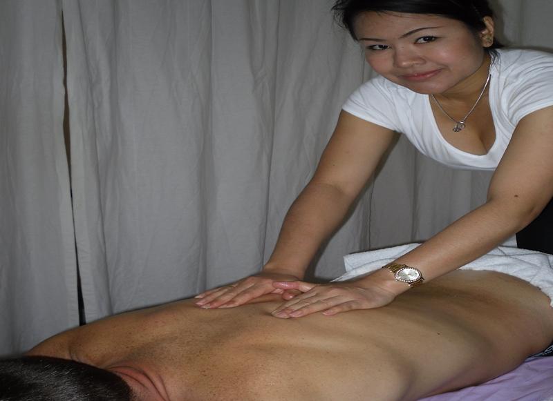 massage med happy ending intim massage i århus